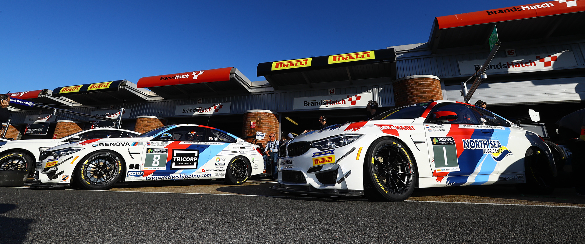 GT4 Pitlane Brands Hatch